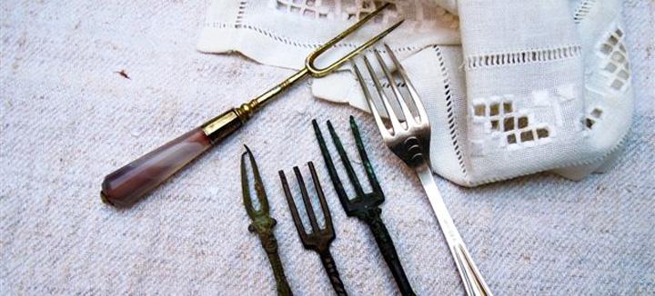 Storia della forchetta (e buone maniere)